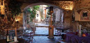 bomes village médiéval